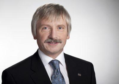 Univ.-Prof. Dr. rer. nat. habil. Dr. h. c. mult. Prof. h. c. mult. Peter Scharff Rector of Technische Universität Ilmenau (photo by TU Ilmenau)